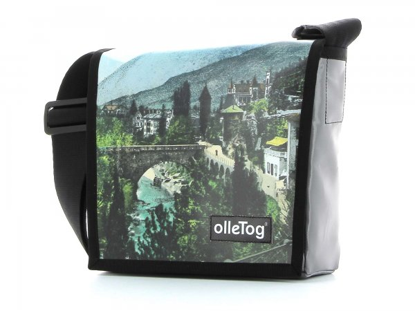 Messenger bag Glurns Roemerbruecke bridge rome Merano
